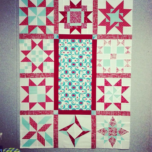 Red sampler star quilt - projectUFO