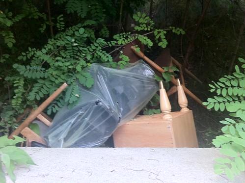 rifiuti abbandonati a Tirano