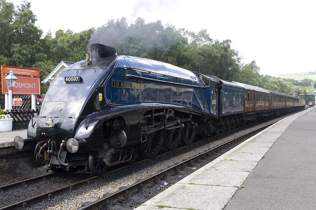 """NYMR Steam Engine A4 60007 """"Sir Nigel Gresley"""""""