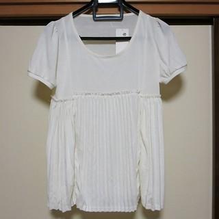 、アースミュージック&エコロジーブランドのTシャツ