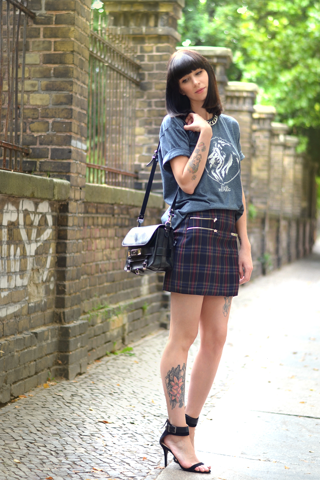 Check Print Royal Republic shirt Proenza Bag Outfit Blogger 8