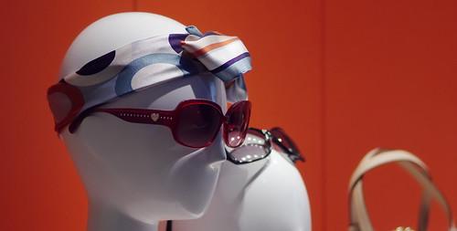 Show window Sunglasses by leicadaisuki