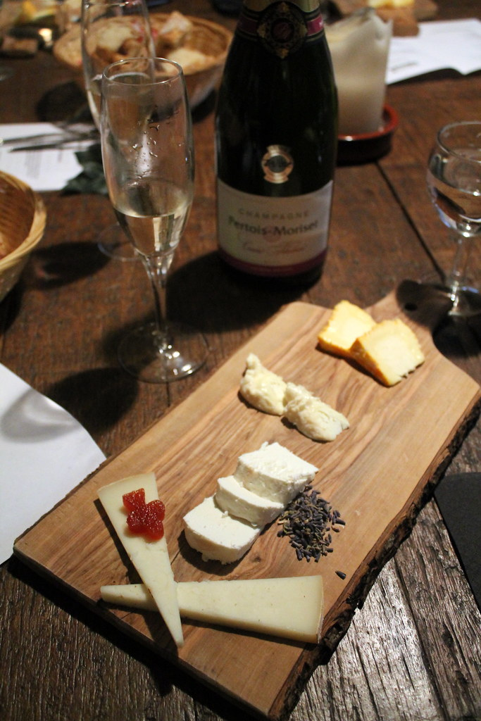 Champagne and Fromage (16)