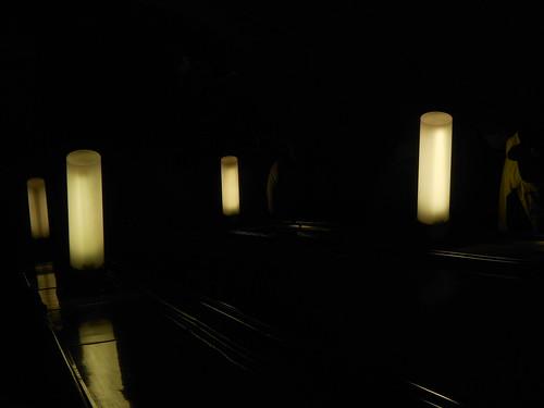 темно в метро