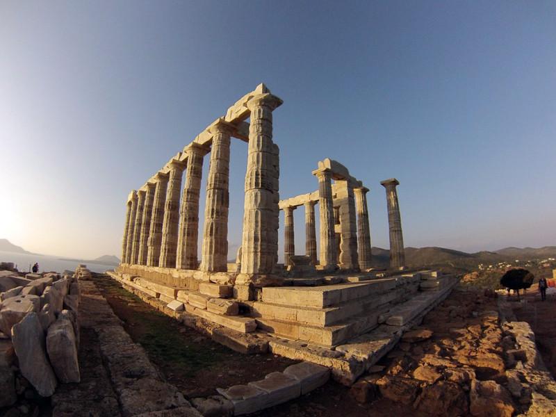 Vista del Templo de Poseidón Cabo Sounion - 12174004294 8aa58791b6 c - Cabo Sounion y el Templo de Poseidón