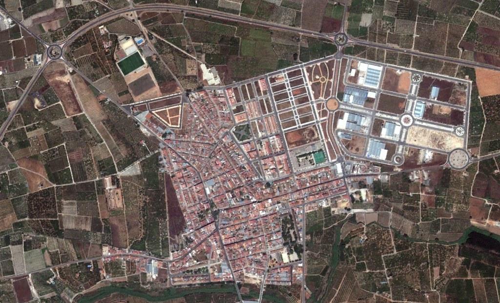 la pobla llarga, valencia, long village is long, peticiones del oyente, después, urbanismo, planeamiento, urbano, desastre, urbanístico, construcción, rotondas, carretera