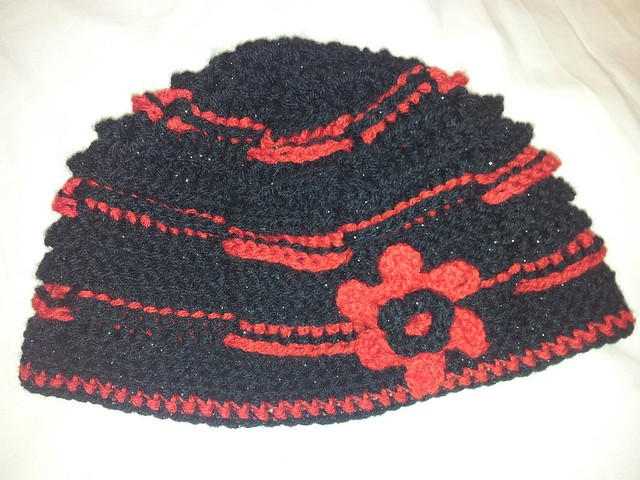 red & black basket weave crochet set