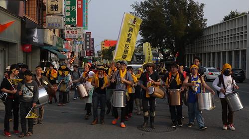 台東廢核遊行,自行參與的年輕人、小家庭親子檔比例增加不少,並非靠團體動員而來,顯示這是民眾最真實的心聲。