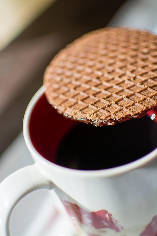Melting cocoa Rip Van Wafels