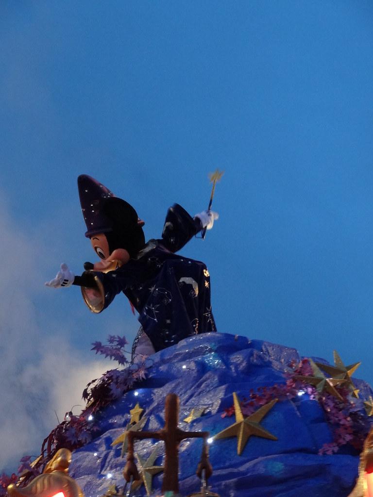 Un séjour pour la Noël à Disneyland et au Royaume d'Arendelle.... - Page 4 13695443825_b0cdf45618_b