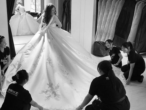 豐腴女孩也能挑到漂亮婚紗23