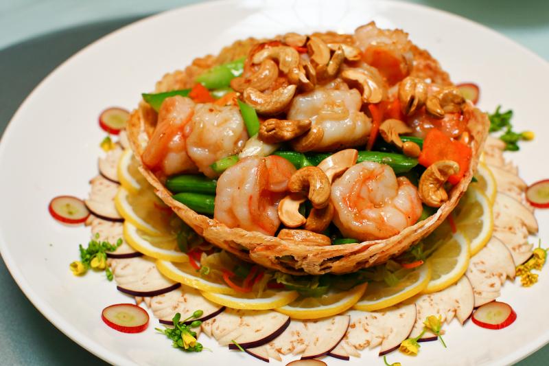 Yuk-Sou-Hin-Wok-Fried-Prawns