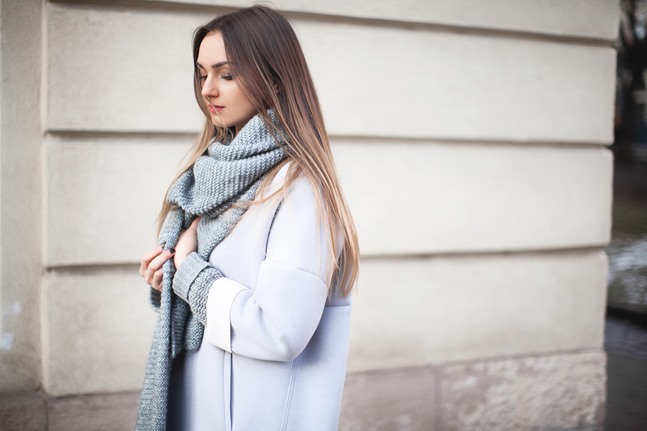 nika-huk-fashion-blogger-ukraine-total-grey-look