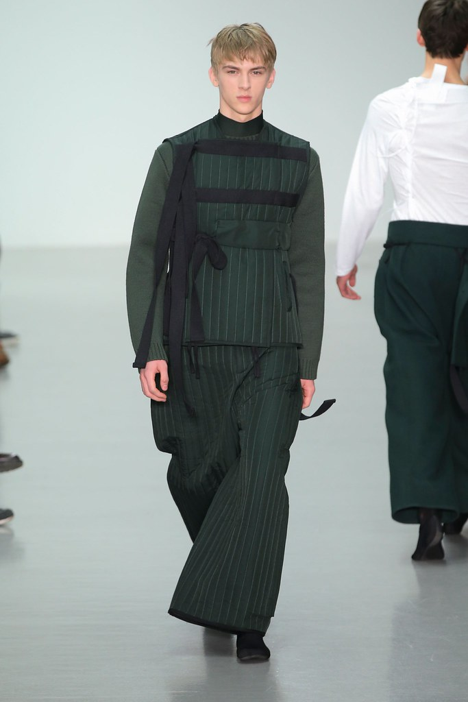 Dominik Sadoch3216_FW15 London Craig Green(fashionising.com)