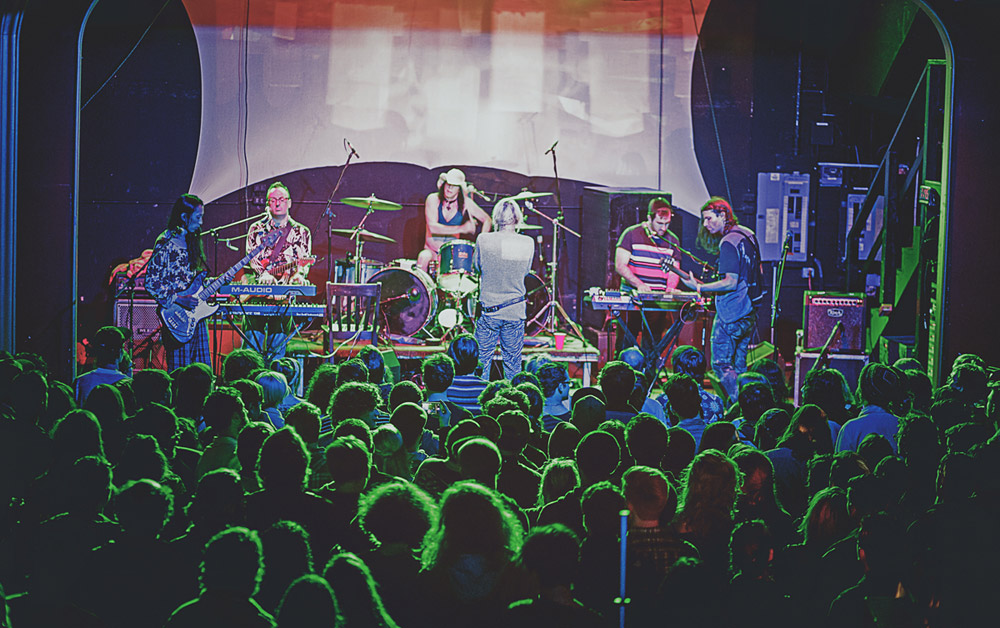 Ariel Pink @ Hawthorne Theatre (Portland) 09/02/14