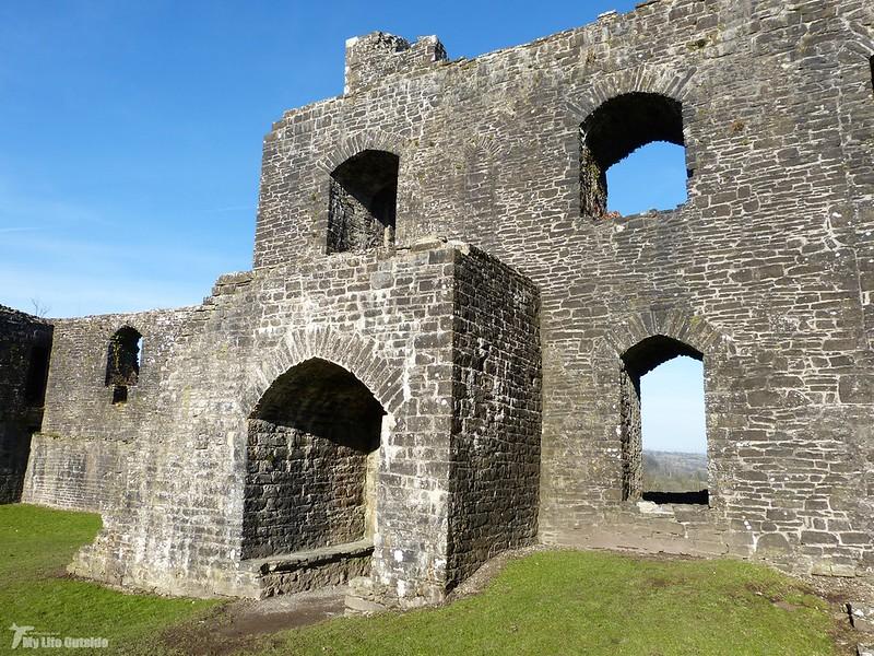 P1110021 - Dinefwr Castle