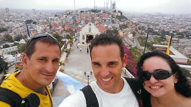 Sele, Isaac y Cruz María en Guayaquil (Ecuador)