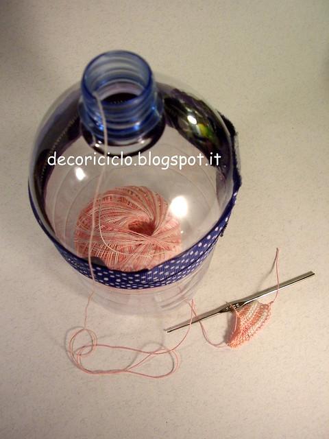 porta-gomitolo con bottiglia di plastica 5