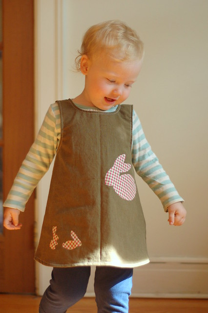 18mo green linen-cotton bunnies MODELLED