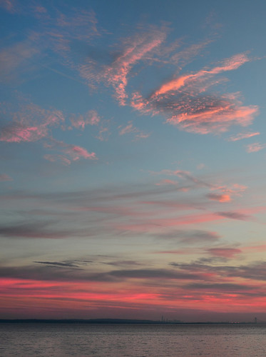morning pink sky cloud color weather sunrise outside dawn early day skies nuvola outdoor cielo nuvem nube sunup wolk pilv pwpartlycloudy