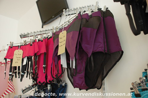 1db111b1603 But of course there is also Kiss Me Deadly Swimwear on display in the shop!  I somehow just didn t take pictures. I blame it on the lingerie overdose of  my ...