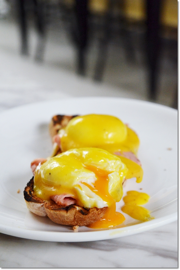 Eggs Hollandaise