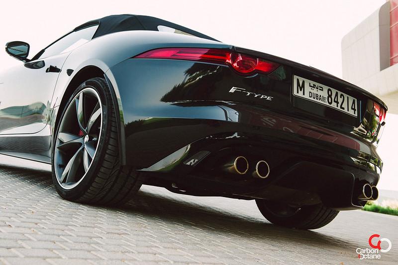 2014 Jaguar F-Type V8-21.jpg