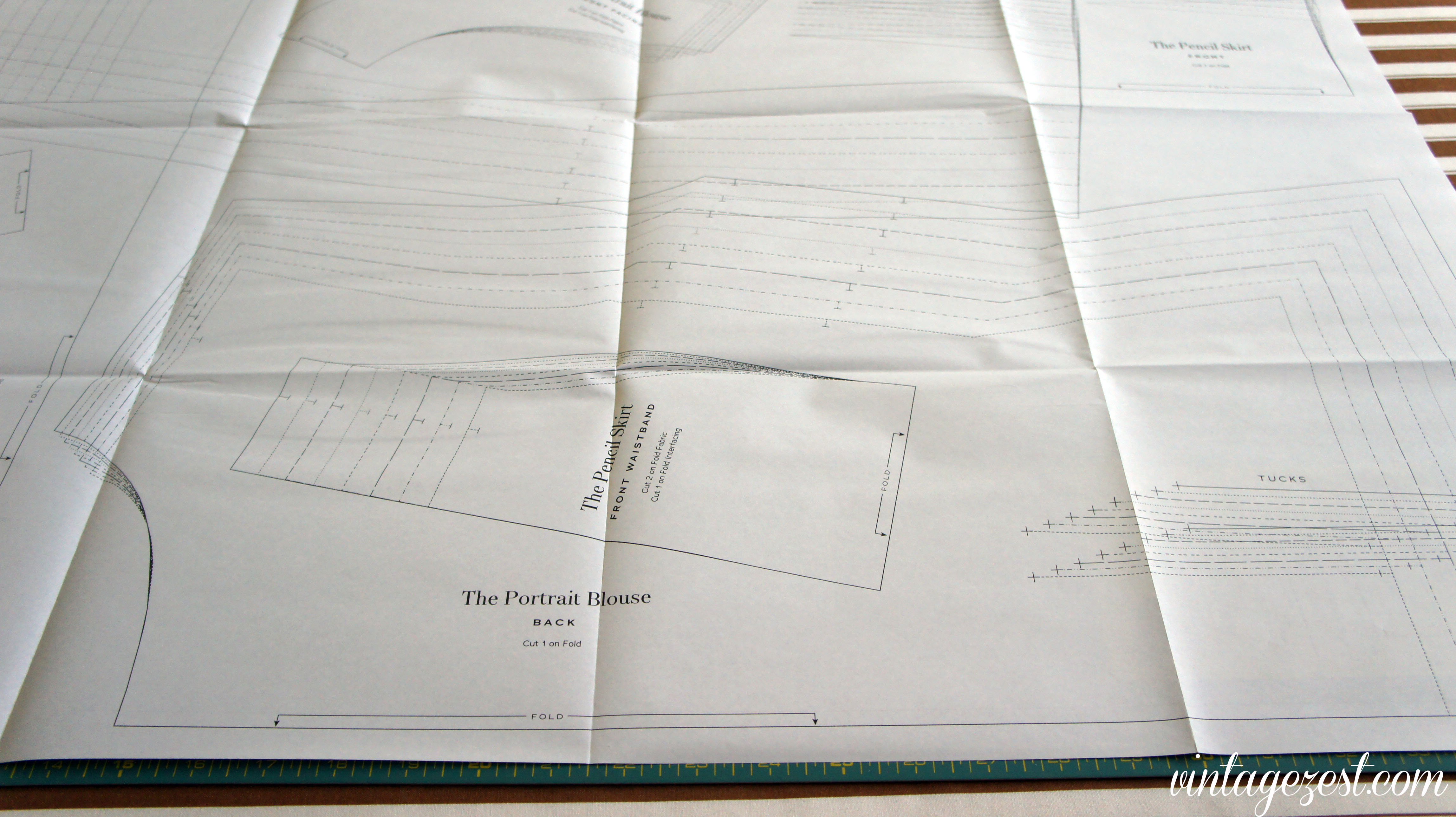 Tutorial How To Trace A Sewing Pattern Diane S Vintage Zest