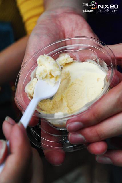 mok yi kei durian ice cream
