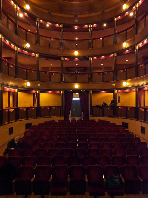 Teatro-Rossini-Gioia-del-Colle-11-gennaio-2013-1