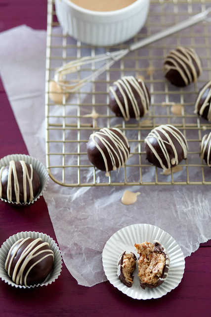 Peanut Butter Pretzel Truffles - Everyday Annie