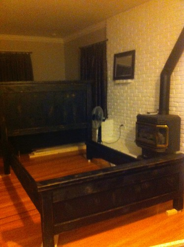 double farmhouse bed