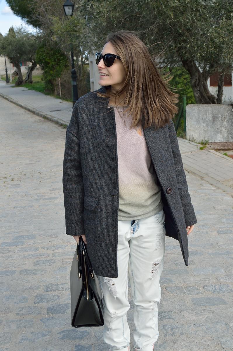 lara-vazquez-madlula-blog-cocoon-coat-easy-chic-streetstyle