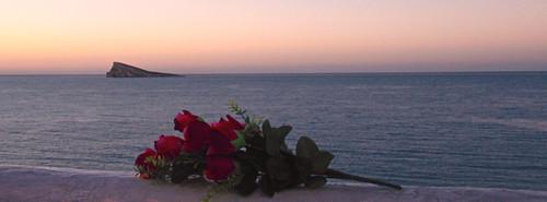 Isla de Benidorm al amanecer