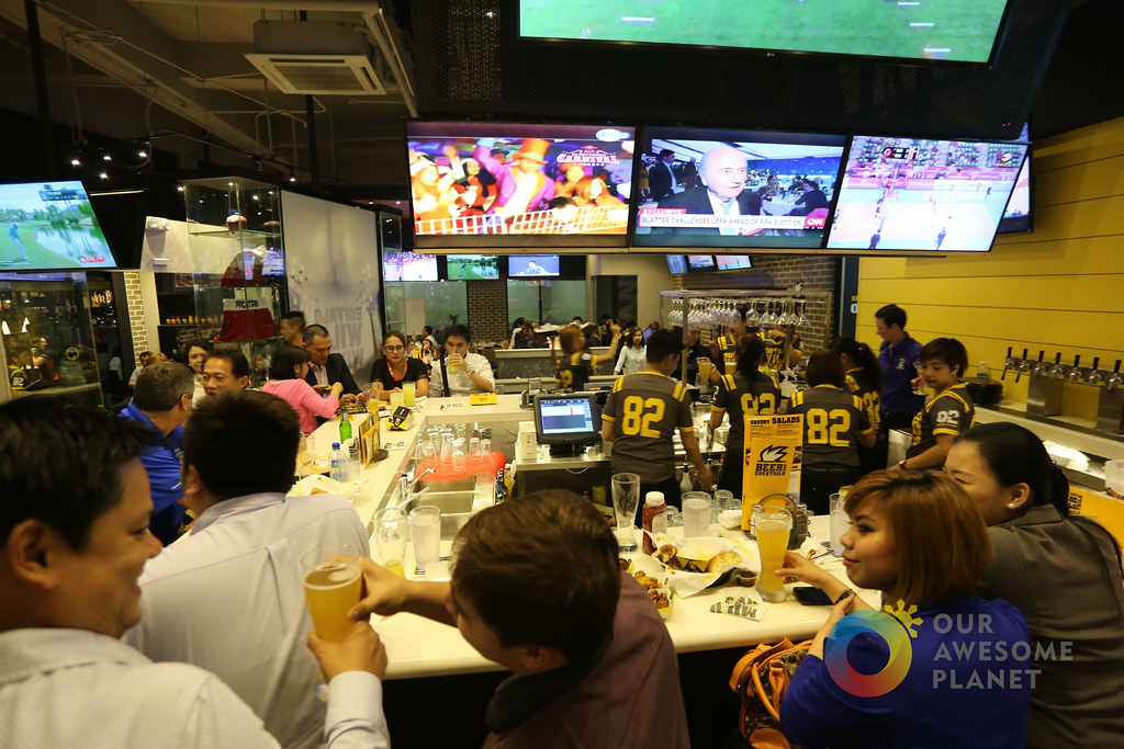 Buffalo Wild Wings First Day-2.jpg