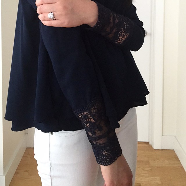 Zara Top With Embroidered Cuff (item no. 7288/290), size XS