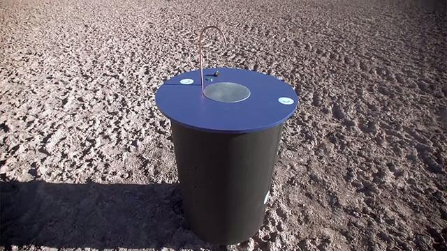 Este novedoso invento transforma el aire en agua potable 16325344770_673b52979b_z