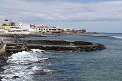 Blick über die Küste mit den alten Kalköfen , NGID1260815658