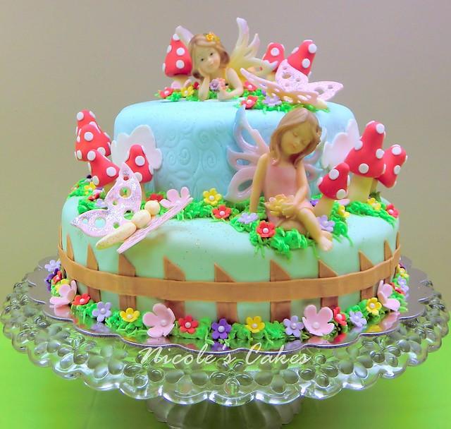A Fairy Garden Cake by cakechooser.com