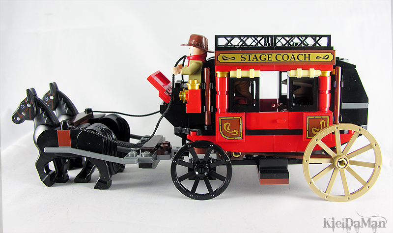 Amazon.com: LEGO The Lone Ranger Stagecoach Escape (79108): Toys ...