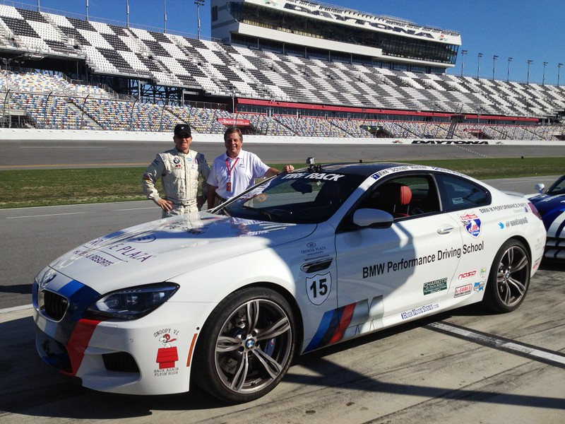 BMW M6 takes on One Lap