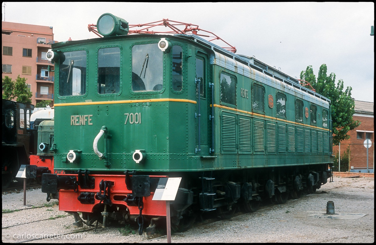 Locomotora eléctrica 7001