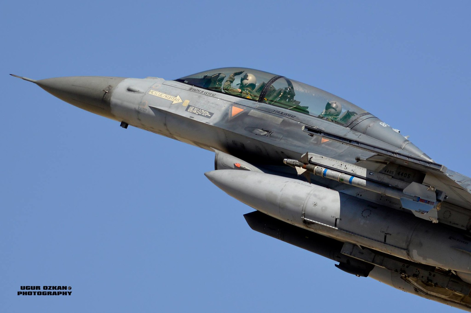 F-16 Fighting Falcon - Page 2 9101431194_33b890b12c_h