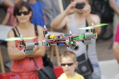 Cuadricóptero, Cuadricopter, en Mini Maker Faire Bilbao 2013