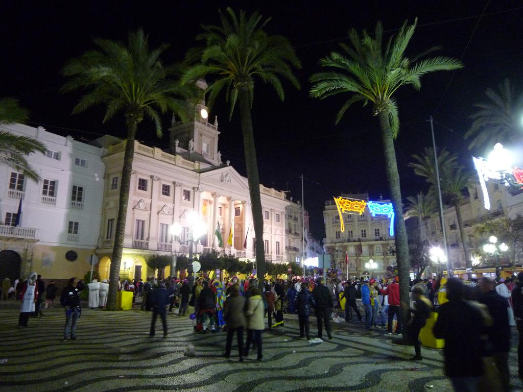 Plaza del Ayuntamiento de Cádiz. Autor, Agu V.