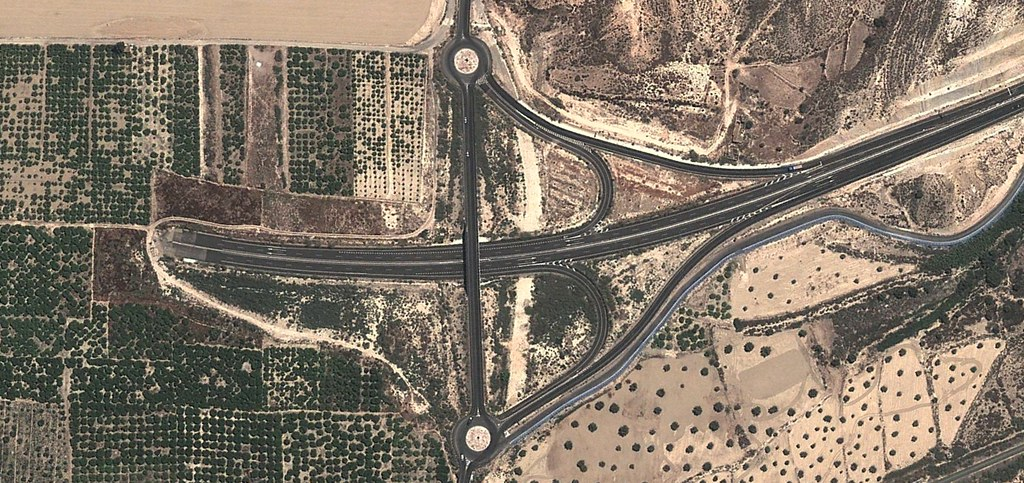 autopista a ninguna parte, enlace de halterios, murcia, zeneta, murcia lo tiene todo,después, urbanismo, planeamiento, urbano, desastre, urbanístico, construcción, rotondas, carretera
