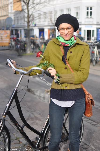 Rose & Cyclist - portrait
