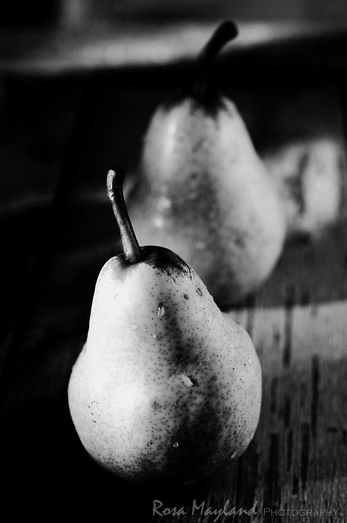 Moody Pears
