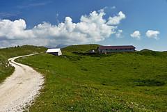 Foto per 9. La rinnovata Malga Col dei S'cios.