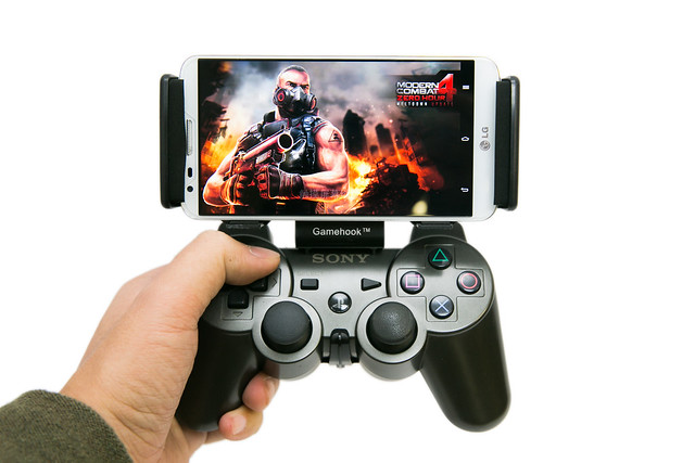 手機變身掌機暢快玩!GameHook 手把轉接架 @3C 達人廖阿輝